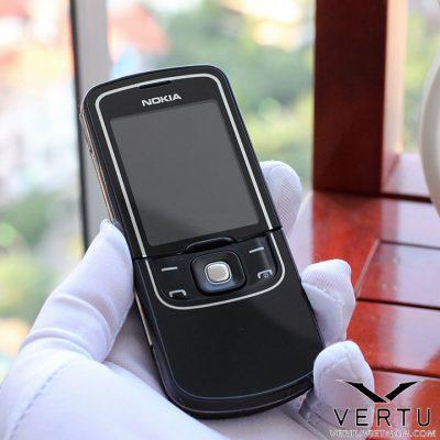 Nokia 8600 Luna- Ánh Trăng Huyền Thoại