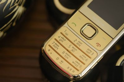 Nokia 6700 Gold Like New Zin 98%
