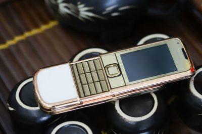 Nokia 8800E Rose Gold (da trắng)