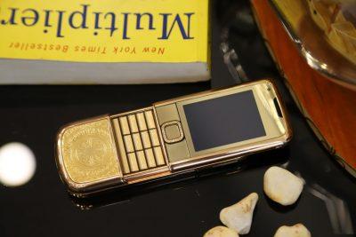 Nokia 8800E Rose Gold trống đồng đẳng cấp