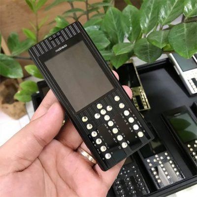 Điện thoại Mobiado Pro 3AF Black
